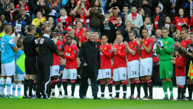 The Scot, who turns 70 in December, walked out as both teams formed a guard of honor before the match.