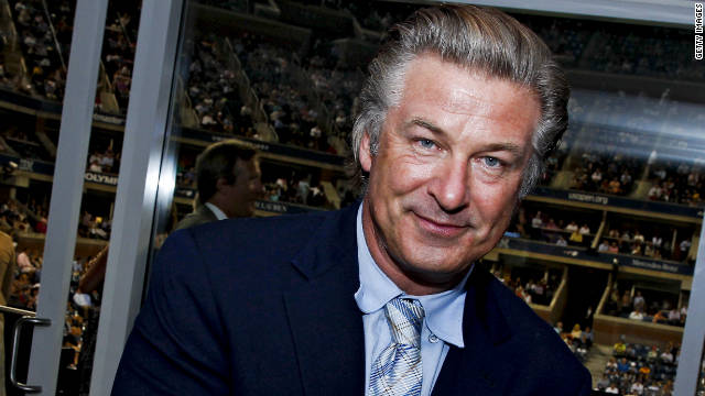 Since we are on the topic of return hosts, we wouldn't mind seeing Baldwin (sans Steve Martin, who he co-hosted with Baldwin in 2010) take another shot at it.