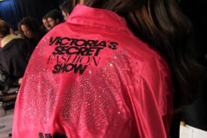 Tras bambalinas en el desfile de Victoria's Secret