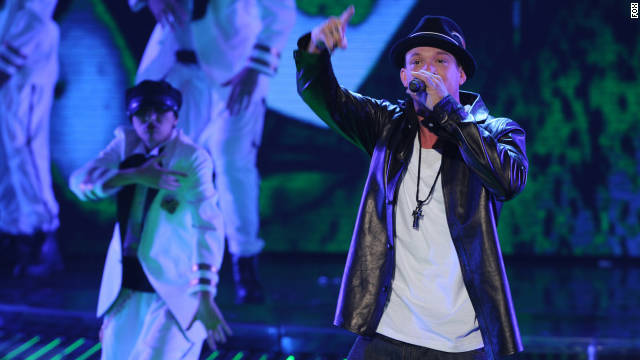 Chris Rene peforms on