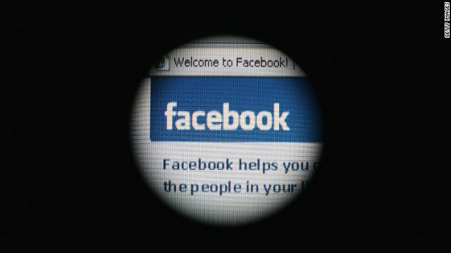 Facebook has been hit by a widespread attack spamming porn and violent images, security experts say.