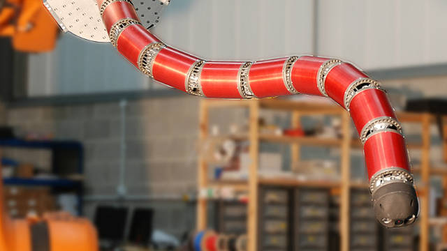 """Una """"serpiente"""" robótica para limpiar la planta nuclear de Fukushima"""