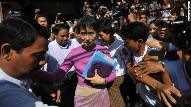 Myanmar&#039;s Suu Kyi to run in next elections