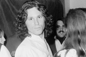 Jim Morrison (fallecido el 3 de julio 1971)