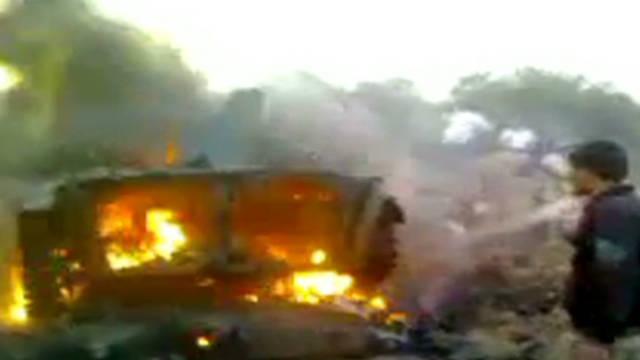 Militares desertores atacan instalaciones del gobierno en Siria