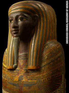 The coffin lid of 25th Dynasty Theban Priest, Djeddjehutyiuefankh, on view at the Ashmolean Museum in Oxford.