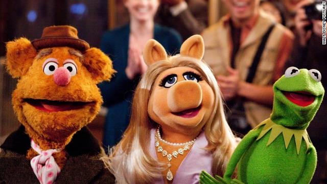 111123034658-the-muppets-movie-kermit-piggy-fozzie-story-top