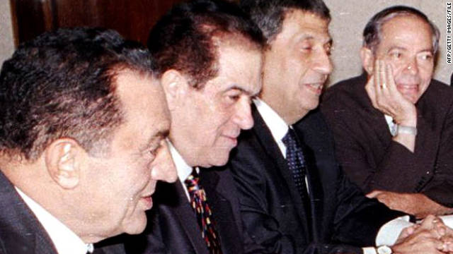 Los militares egipcios nombran a Kamal Ganzouri como primer ministro