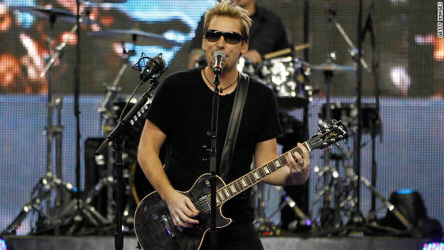 Nickelback gets muted reaction at Lions game