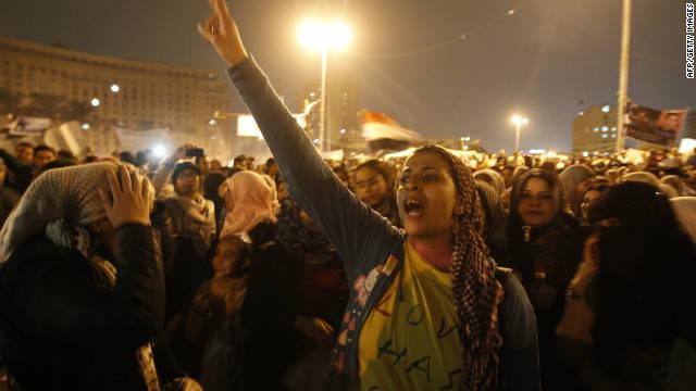 "Miles de egipcios llaman a la ""última oportunidad"""