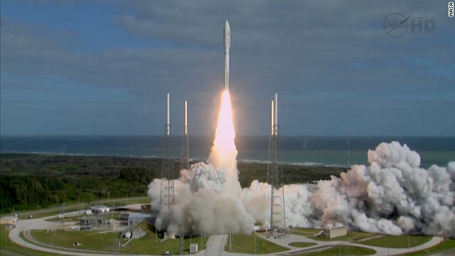 Giant Mars rover blasts off