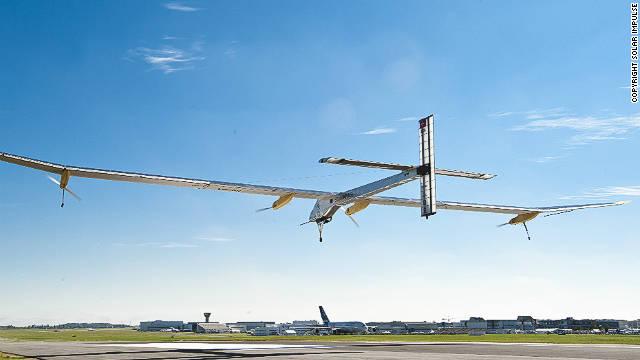 El avión solar hará vuelos de prueba en EEUU en abril