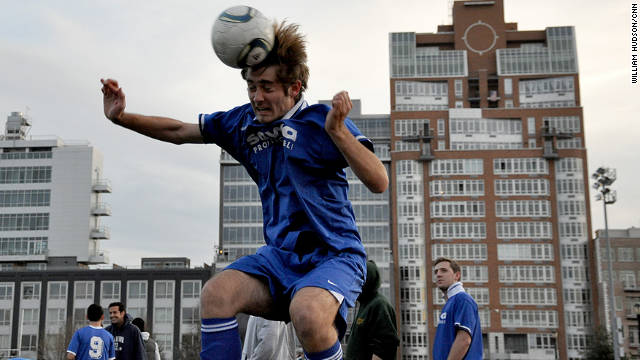 Soccer &#039;heading&#039; may cause brain damage