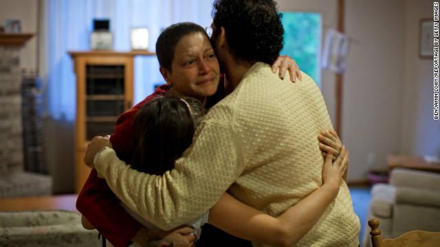 Las familias pobres de Estados Unidos luchan por sobrevivir con sus últimos ahorros