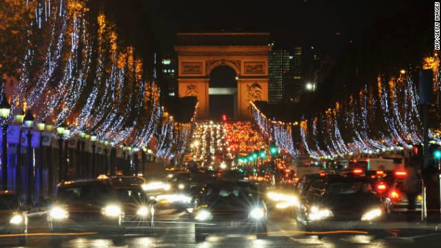 Christmas lights make the famous Avenue des Champs-Elysées even more dazzling at night.