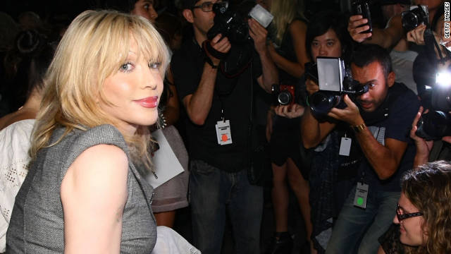 Lindsay Lohan's sobriety coach is... Courtney Love?