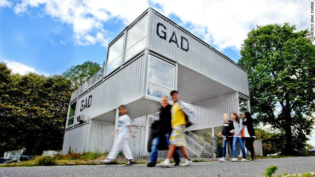 A temporary gallery made from 10 containers built in an unusual composition that resemblances the popular Jenga game.