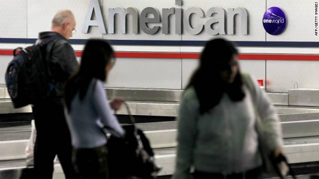 Un pasajero murió por la comida que le dieron en un vuelo de American, según familiares