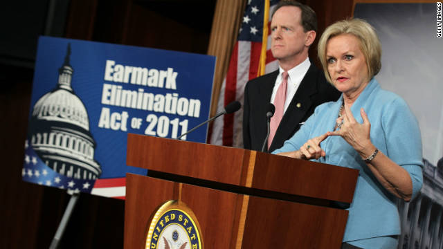 U.S. Sen. Pat Toomey (R-PA) and Sen. Claire McCaskill (D-MO) hold a news conference about earmarks November 30, 2011 on Capitol Hill.