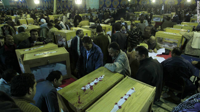 Electores en Egipto rompen récord de asistencia a las urnas de votación