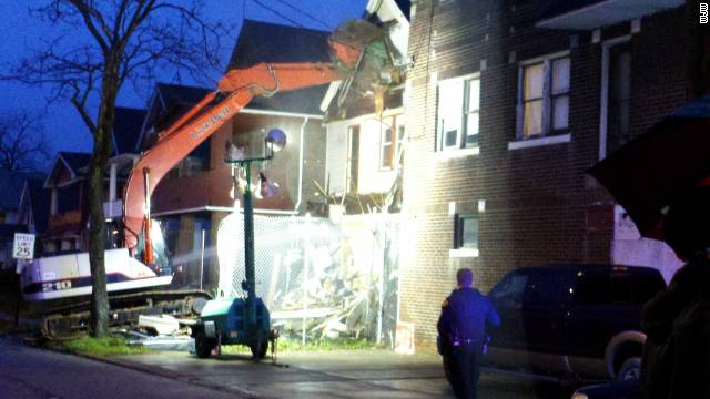 The home of convicted serial killer Anthony Sowell in Cleveland, Ohio was demolished early Tuesday.