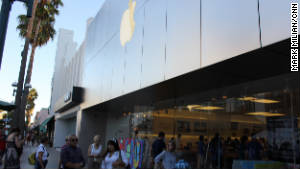 Employees at this Apple store declined to talk about a new Apple store said to be opening just down the street. 