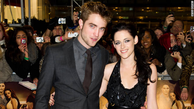 Pattinson, Stewart reunite to promote 'Breaking Dawn'
