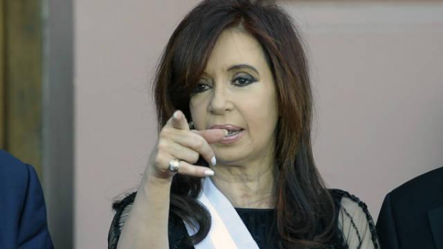 Cristina Fernández asume su segundo mandato como presidenta de Argentina