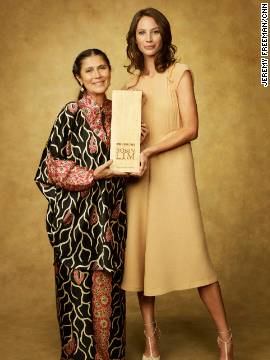 CNN Hero of the Year Robin Lim poses with model Christy Turlington Burns.