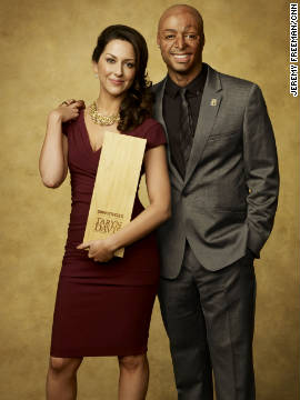 "CNN Hero Taryn Davis and former soldier and ""Dancing with the Stars"" winner J.R. Martinez."
