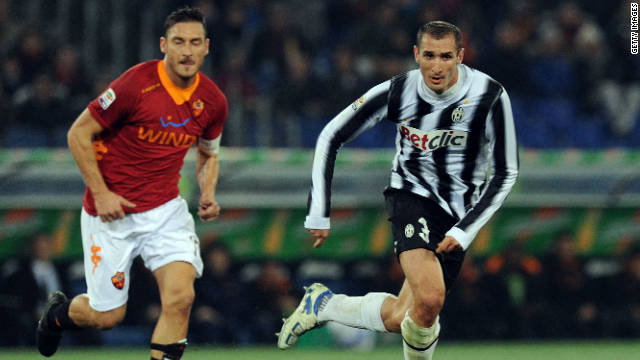 Roma's Francesco Totti, left, and Giorgio Chiellini of Juventus played key roles in Monday's 1-1 draw.