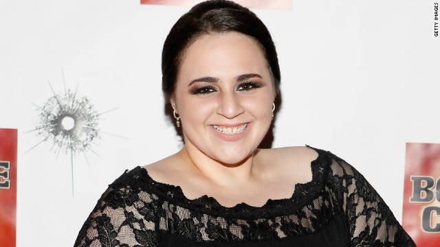 'Hairspray's' Nikki Blonsky picks up job at salon