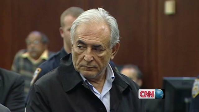 Dominique Strauss-Kahn es interrogado sobre presunta red de prostitución