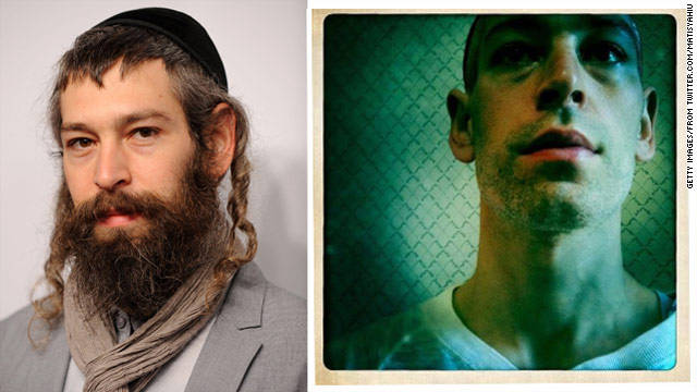 Famed Hasidic reggae star sheds the Hasid part?