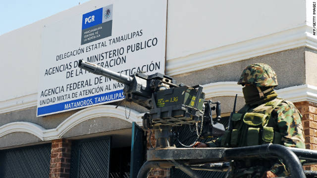 Once hombres armados mueren en enfrentamiento con militares en México