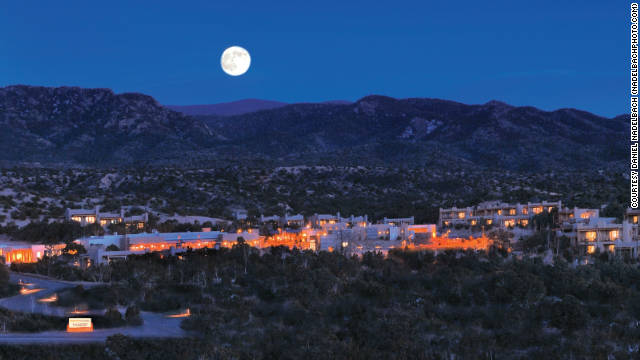The Encantado resort blends with the beautiful northern New Mexico landscape.