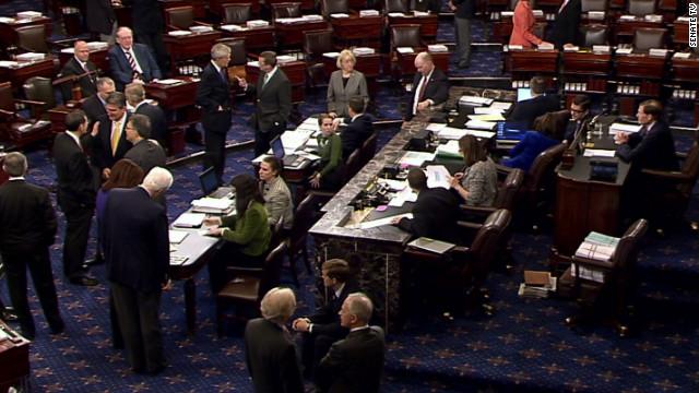 El Senado de EE.UU. aprueba medida de financiamiento del gobierno