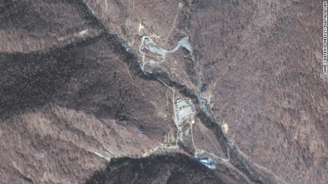 Satellite images obtained by a nuclear security think tank in 2010 purportedly show a uranium enrichment facility in North Korea.