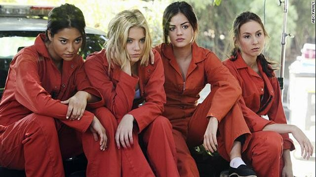 'Pretty Little Liars' go rogue in midseason premiere