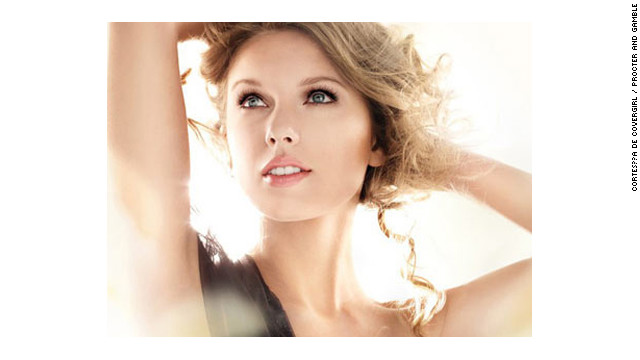 Retiran el aviso de CoverGirl de Taylor Swift