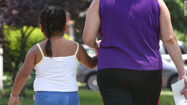 Obesity in teen years may be blamed on  mother/child relationships
