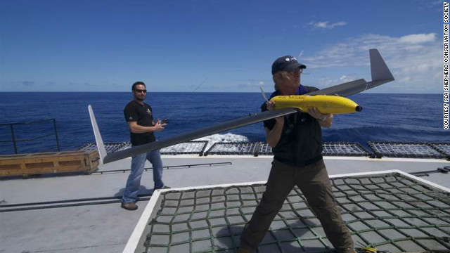 Activists using drones against Japanese whalers