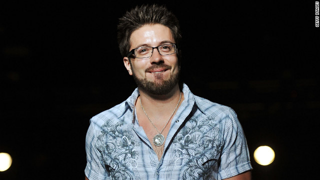 'Idol's' Danny Gokey engaged, plans to wed in January
