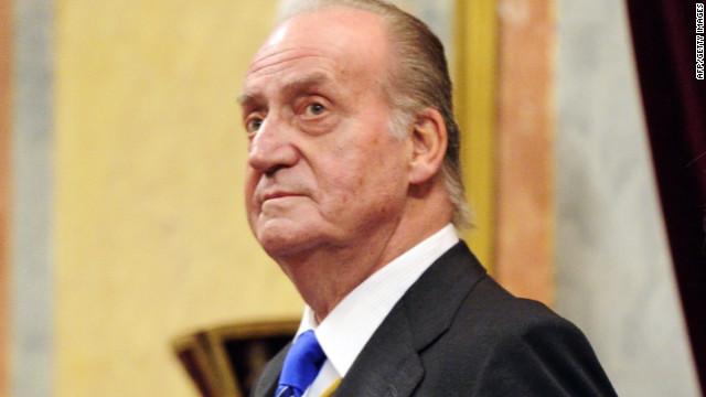 Juan Carlos de España enfrenta una demanda de paternidad de una mujer belga