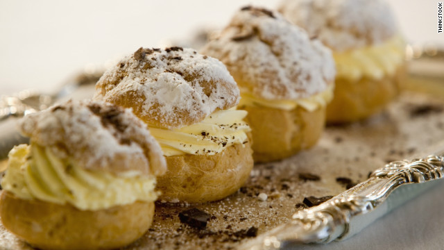 Breakfast buffet: National cream puff day