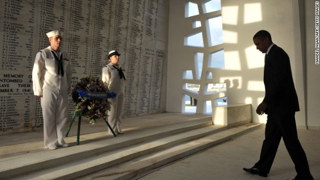 President Obama visits Pearl Harbor memorial