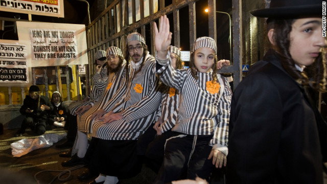 Jewish leaders blast ultra-Orthodox use of Holocaust symbols in demonstration