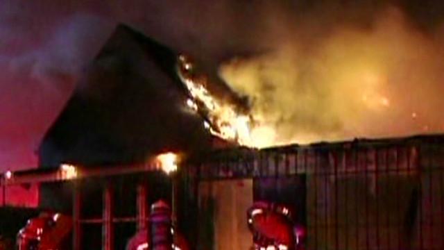Detienen a un sospechoso de provocar incendios en California