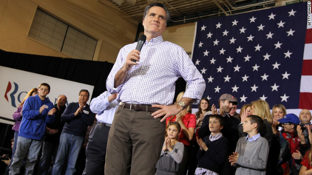 GOP front-runner Mitt Romney campaigns Sunday in Exeter, New Hampshire, ahead of this week's presidential primary.