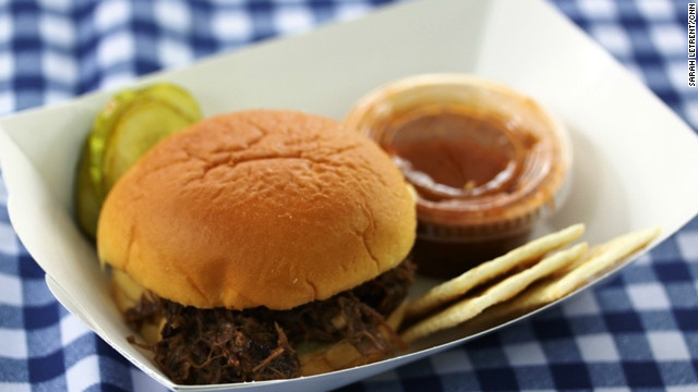 Box lunch: Barbecue quilts and celery cynics